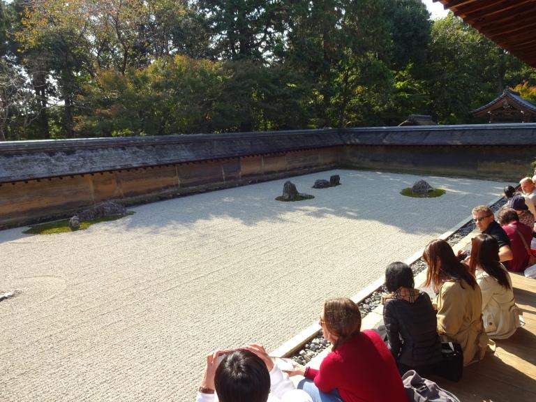 Ryoanji_rock_garden